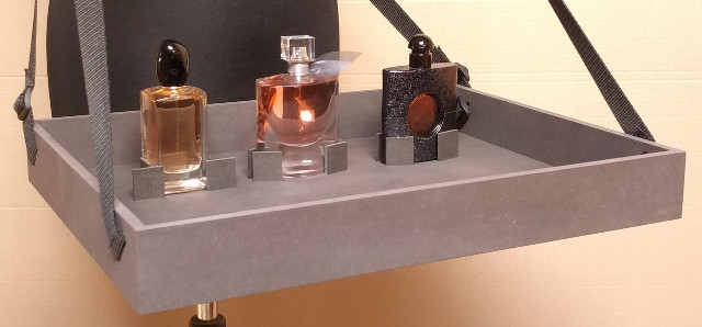 vendingtray for perfume